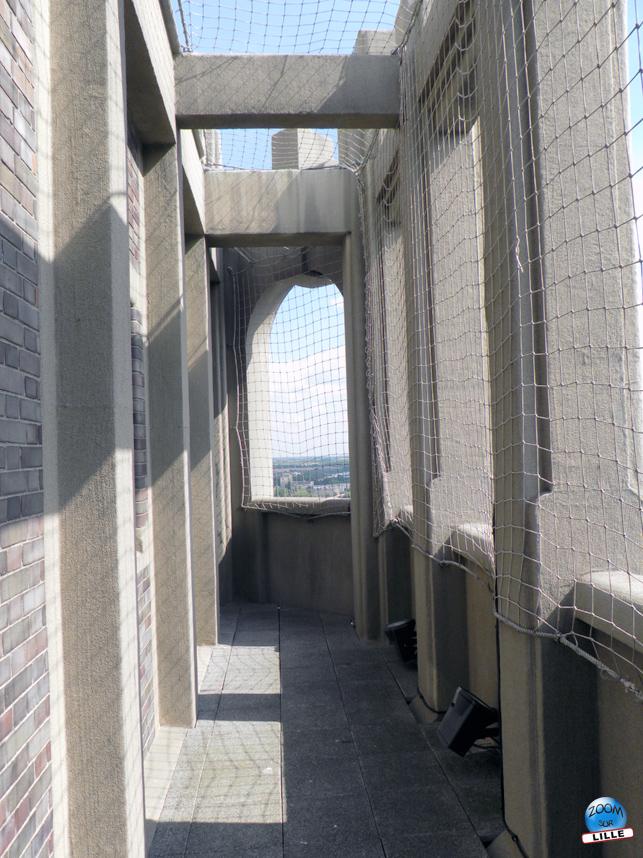 Beffroi terrasse extérieur - 72,55 mètres d'altitude - Copyright Zoom Sur Lille