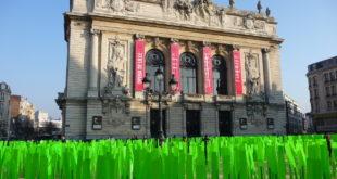 Oeuvre d'Art sur la Place du Théâtre jusqu'au dimanche 30 janvier 2011