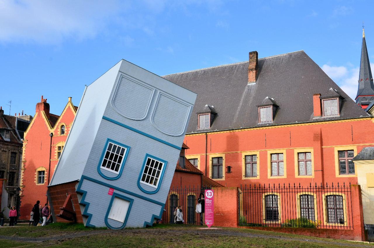 Bilan et prolongation de lille 3000 fantastic zoom sur for Maison des ados lille