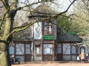 """Copyright : Archive Zoom Sur Lille / Théâtre de Marionnette """"Le Petit Jacques"""""""