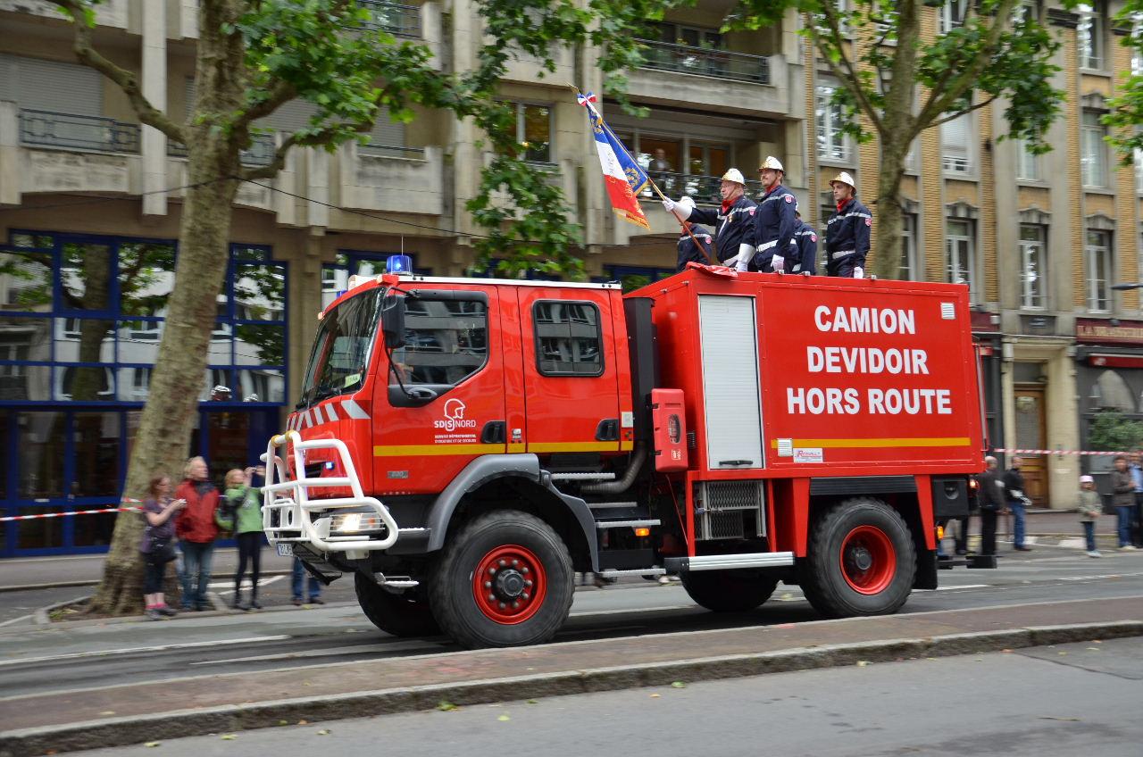 13 14 juillet 2015 bals d fil et feu d artifice for Police nationale lille