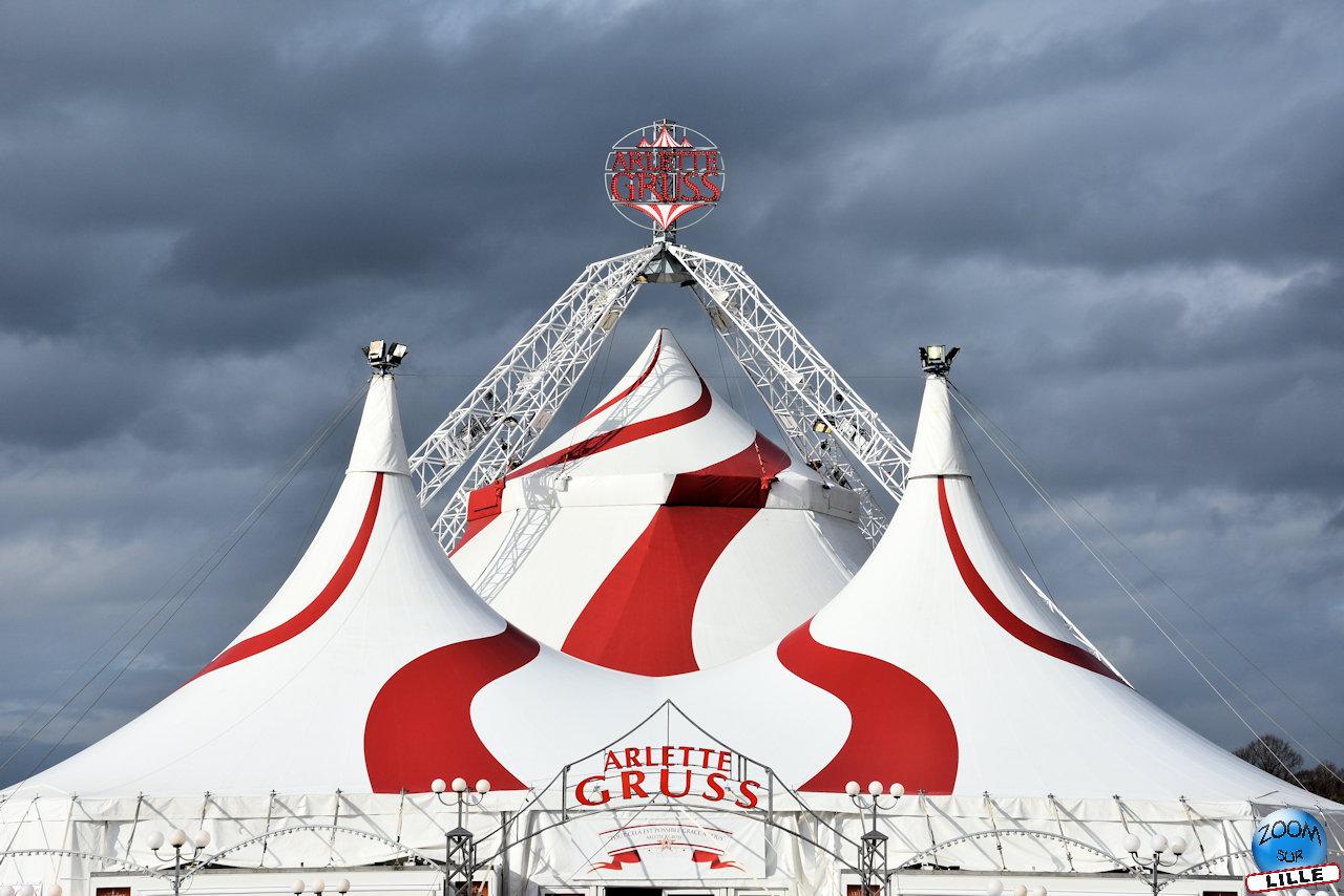 l 39 toile en h ritage lille le nouveau spectacle du cirque arlette gruss zoom sur lille. Black Bedroom Furniture Sets. Home Design Ideas
