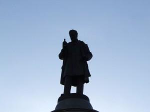 statue_20_20090221_1371044629