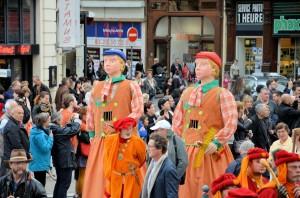 parade_geants2015_102