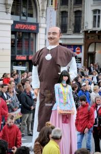 parade_geants2015_120